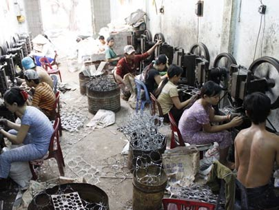 an introduction to the history of child labour in china Problem of child labor in india atul joshi advertisements: child labour and its problems are intimately related to the extreme poverty.